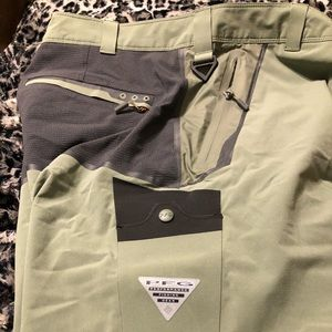 Men's Colombia EUC worn 1x PFG fishing shorts 34
